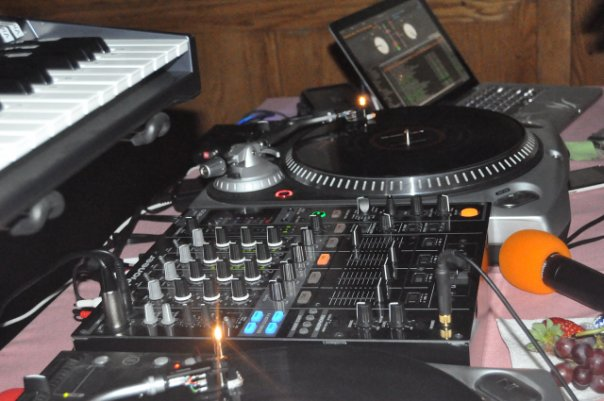 Mobile DJ Service in New York City 1